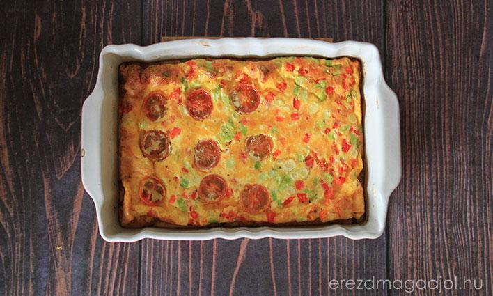 Gyors frittata – hagymás paradicsomos tojáslepény