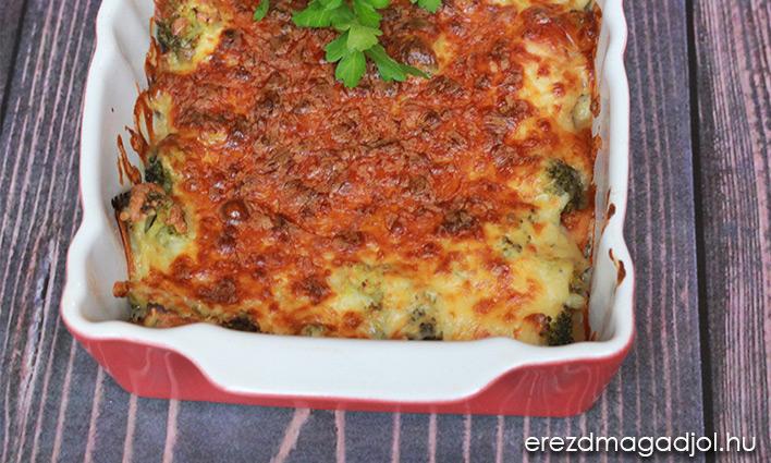 Brokkolis-sajtos rakott csirkemell